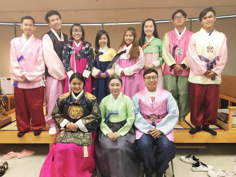 UEF ngành Ngôn ngữ Hàn