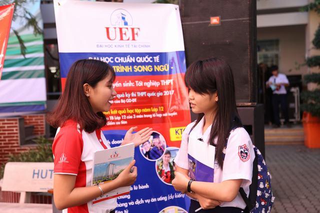 UEF so sánh ngành marketing và Quan hệ công chúng