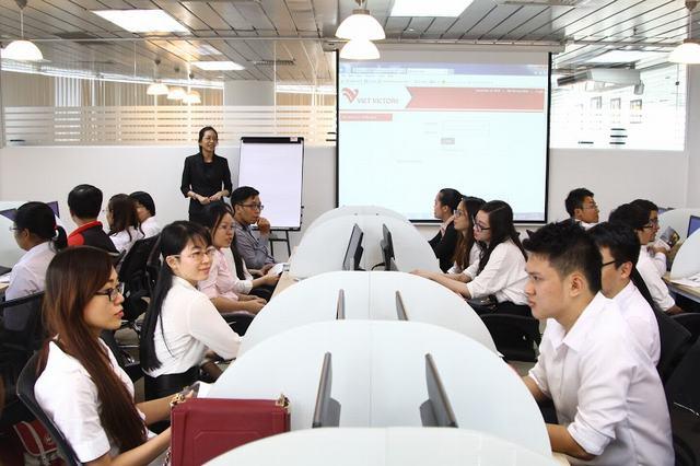 Học ngành Quản trị kinh doanh ra trường làm gì