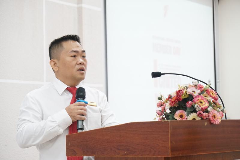 Thầy Ngô Cao Cường